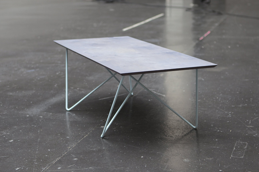 ari-table-wood-and-illusion-metal-construction