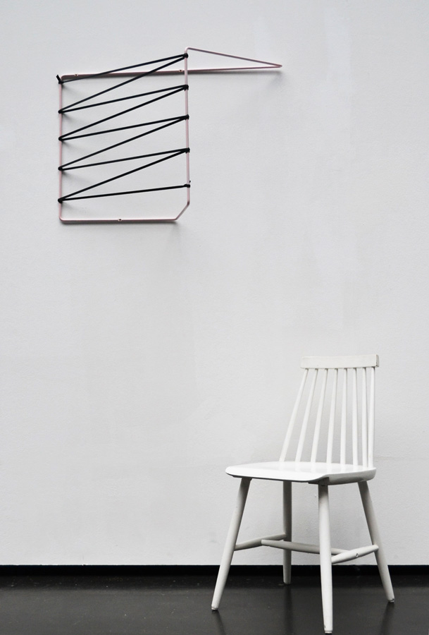 zia-organizer-design-chair-white